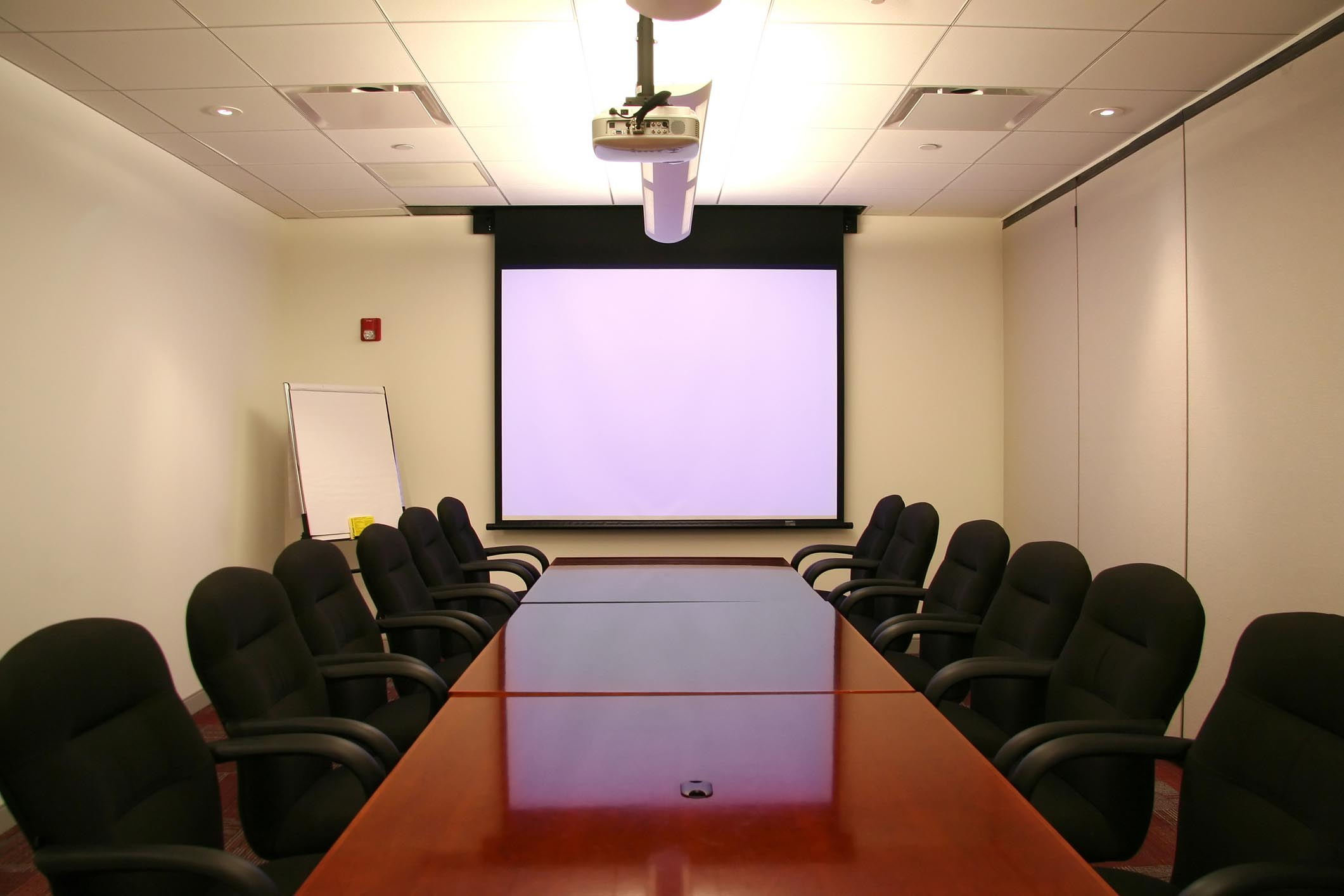 Mua máy chiếu văn phòng ở đâu tốt nhất ?